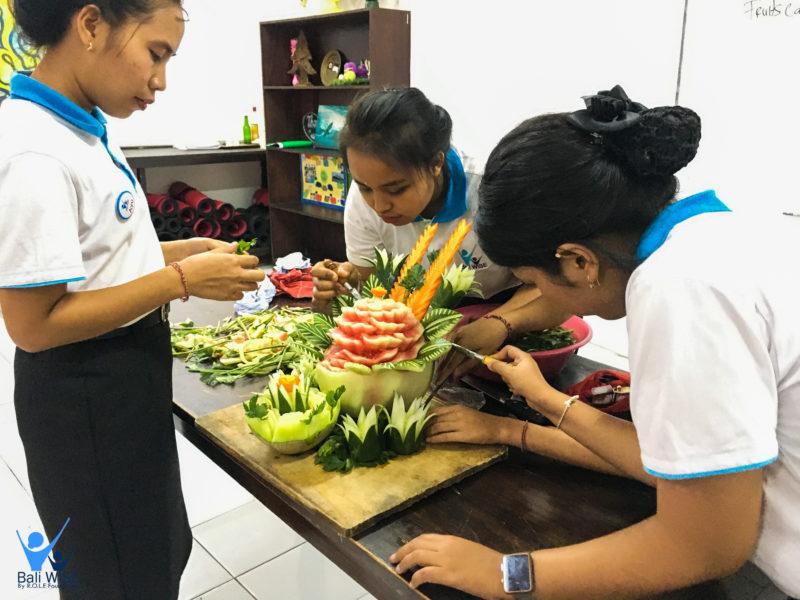 Fruits & Vegetables Carving Workshop – Intake 42
