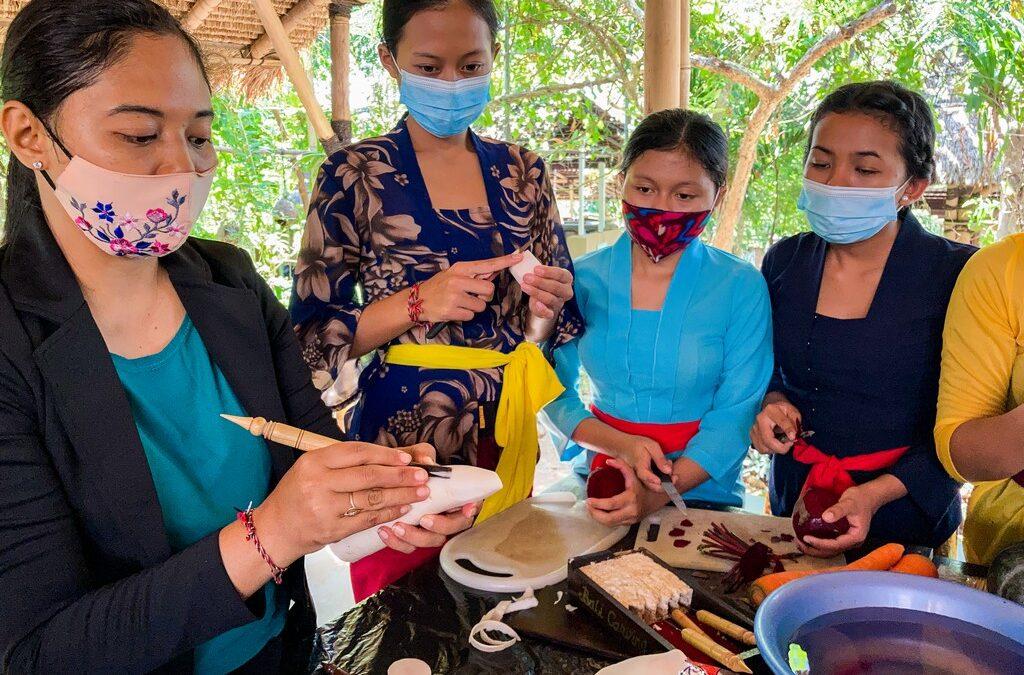 A Delightful Session of Fruit Carving Workshop